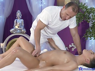 Erotic rub down turns pretty steamy once the babe feels the cock alongside her hands
