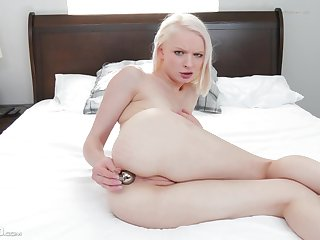 Teeny girl sticks it near a difficulty ass for a complete cam play