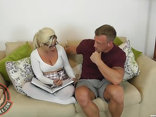 Stepmom Camilla Creampie refuses to pretence properly when feeling powered