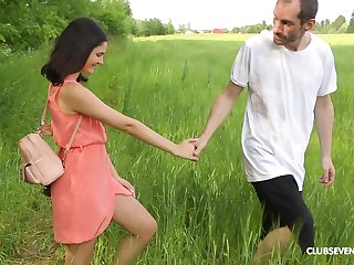 Picnic at hand the nature turns to dealings adventure for horny Mary Kom