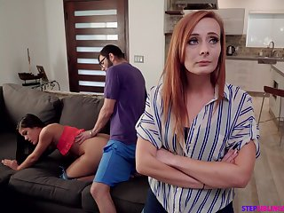 Nympho Kendra Spade seduces stepbrother to the fore of stepmom